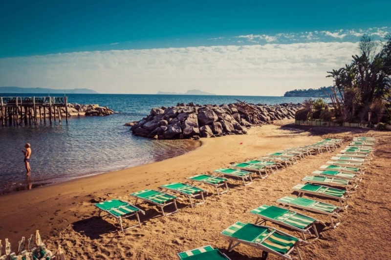 Giornata di relax per 2 persone mare e sole in spiaggia oppure in