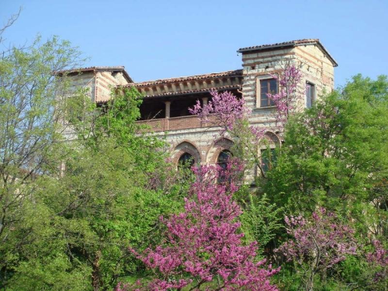 Soggiorno al Castello di Frassinello per 2 persone con Visita e Degustazioni